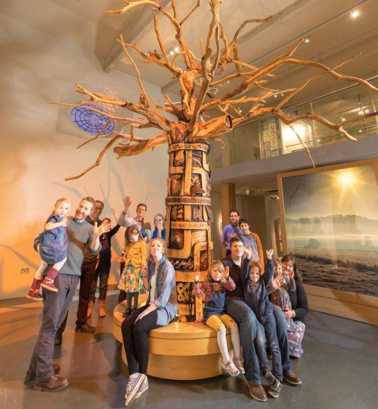 Visitors around the Tree of Somerset